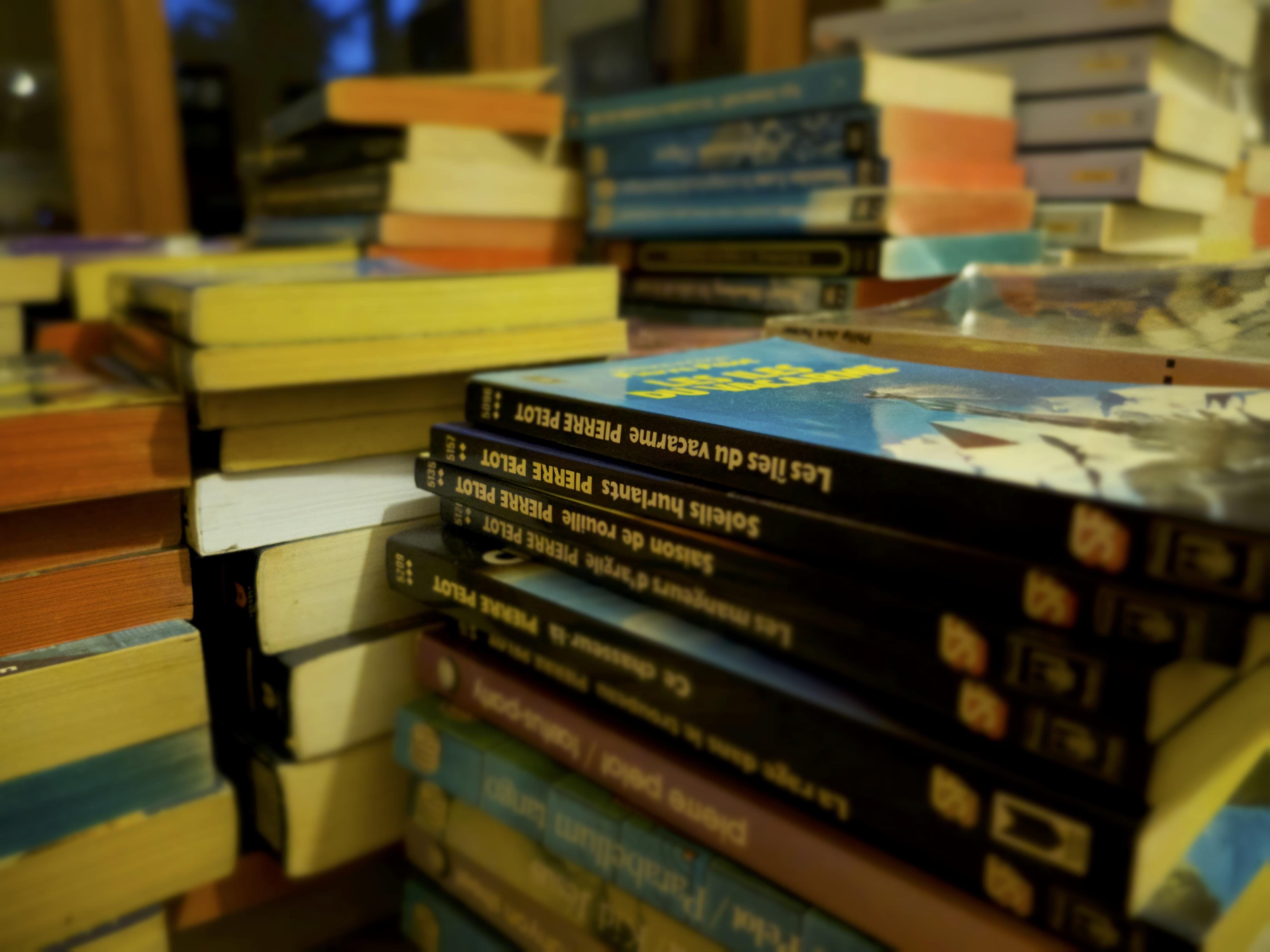 Teaser : ranger la bibliothèque !