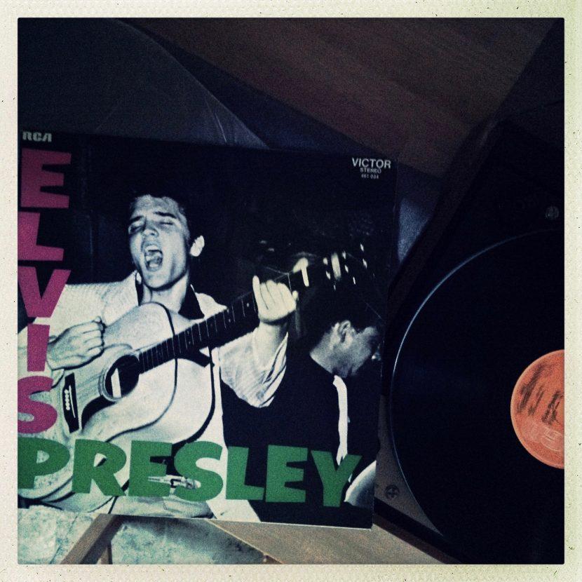 Sur la platine, Elvis Presley !