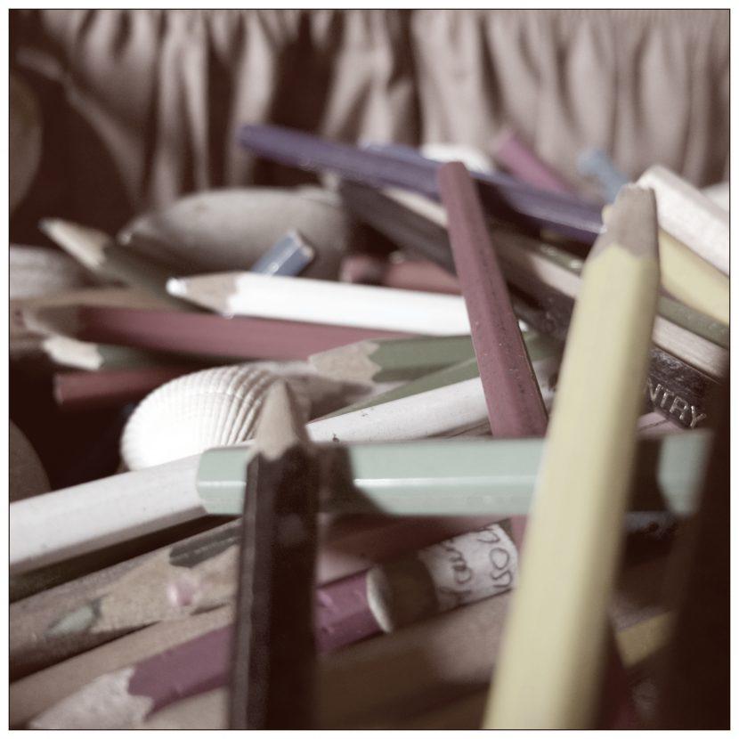 Un tas de crayons couleurs