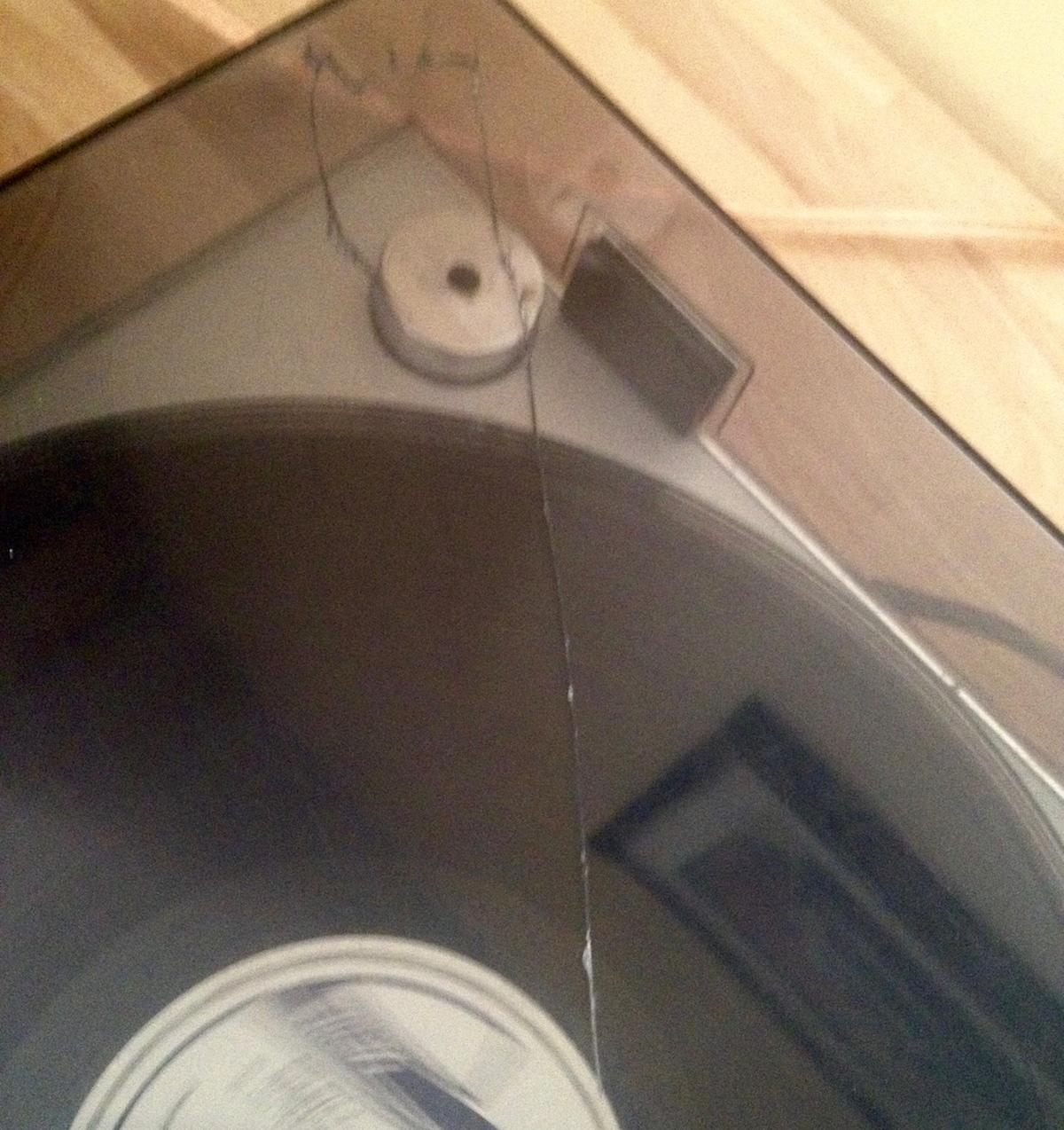 capot platine vinyle fissuré