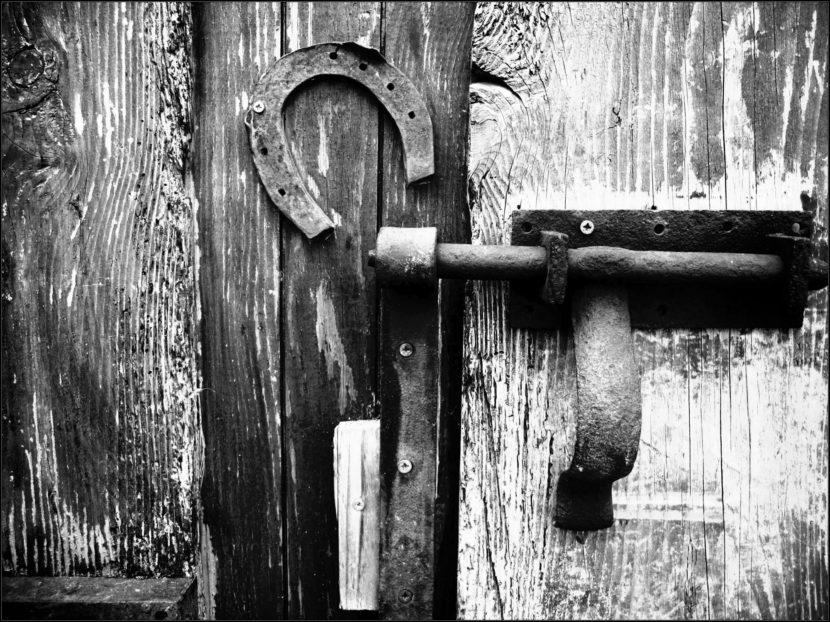 vielle porte de grange