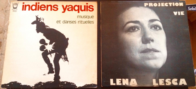Entre deux cartons, trouvailles de vinyles.
