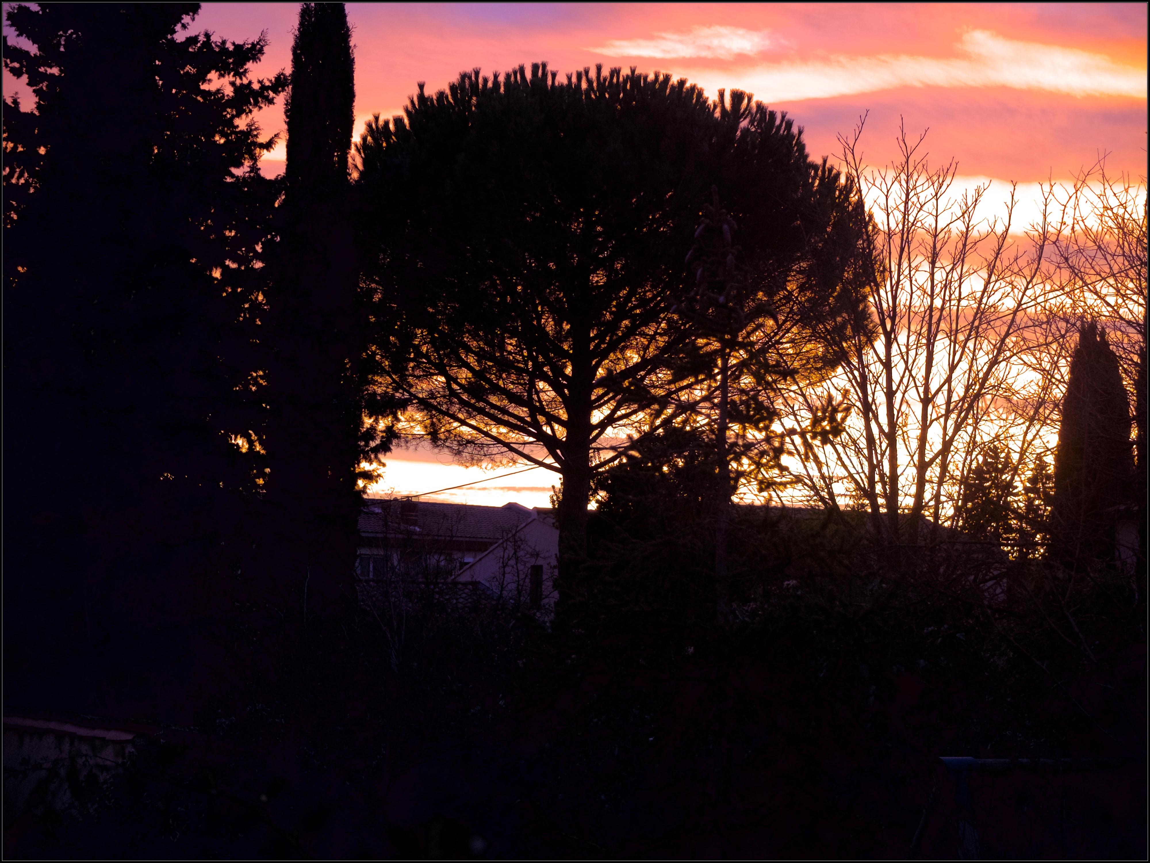 [Image d'hier soir] Crépuscule provençal